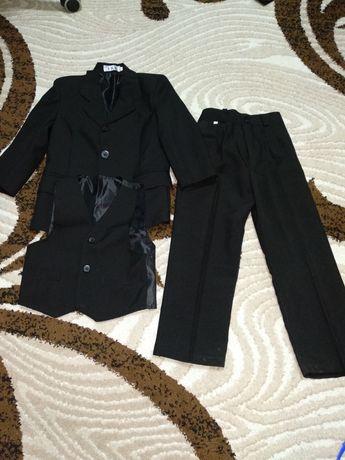 Классический  костюм 110р