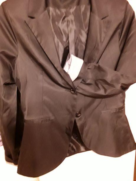 Czarny żakiet na podszewce z wywijanymi rękawami roz. 44