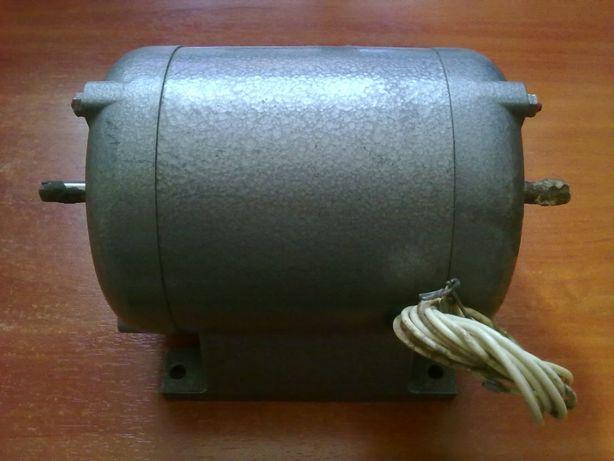 Електродвигун электродвигатель ДТ75М(ДТ-75М)