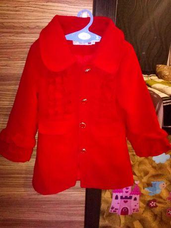 Пальто на 4-5 років
