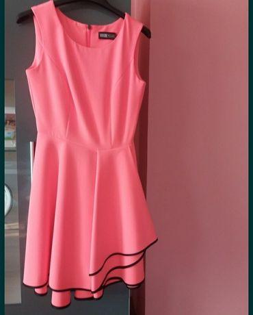 Sukienka rozkloszowana 36