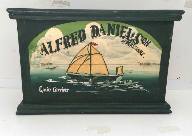 Caixa madeira vintage- Alfred Daniel & son