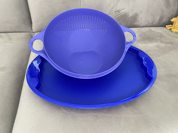 Misa Tupperware z tacą