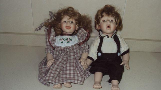 Par de bonecas de porcelana - gêmeos