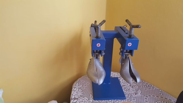 Rozciągarka do butów/ obuwia