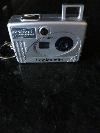 Máquina fotográfica digital - l'espion