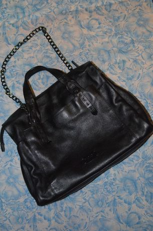 Продам кожаную сумку бренда  Radley