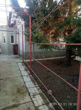 Продам пол дома в . Бритовке Б-Днестровского р-на