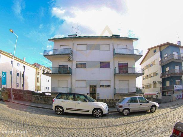 Apartamento T3 c/sótão e garagem à venda em Mangualde