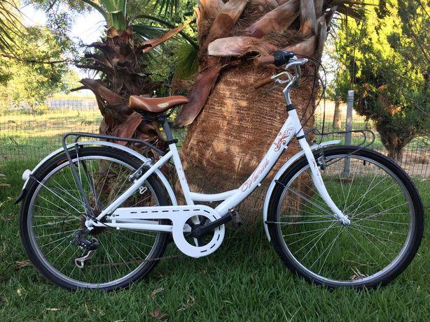 """Vendo bicicleta venus city 26"""""""
