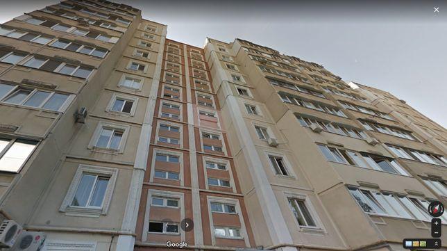Срочно продам 3 комнатную квартиру с евроремонтом м.Холодная Гора