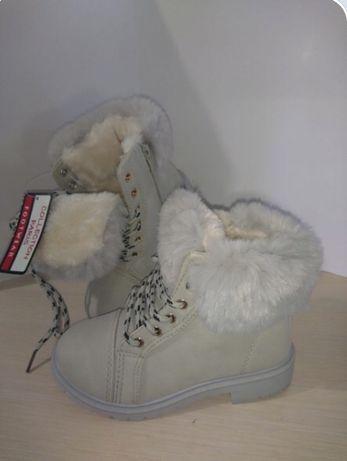 Взуття зимове дівчаче