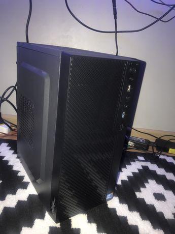 Komputer PC Intel i5, 8GB RAM, 128GB SSD + 500GB HDD