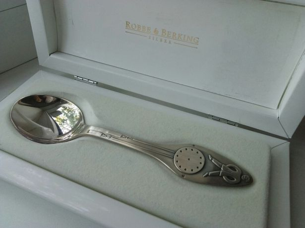 Детская серебряная ложка robbe&berking 9000руб. Вес 21г.