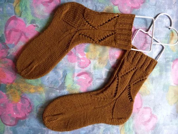 носки. вязанные носки. носки из шерсти. детские вязанные носки.