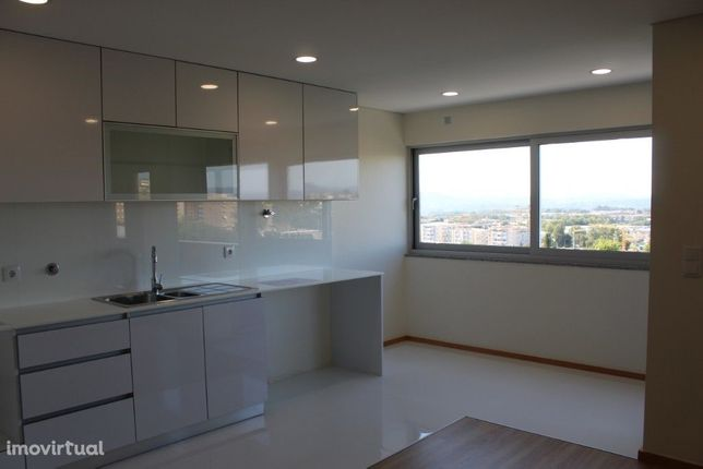 Apartamento T2 + 1 Ultimo Andar