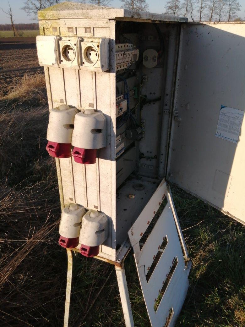 Rozdzielnia elektryczna budowlana komplet