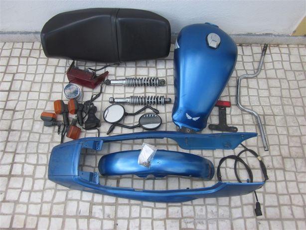 Honda CB 250 – Peças