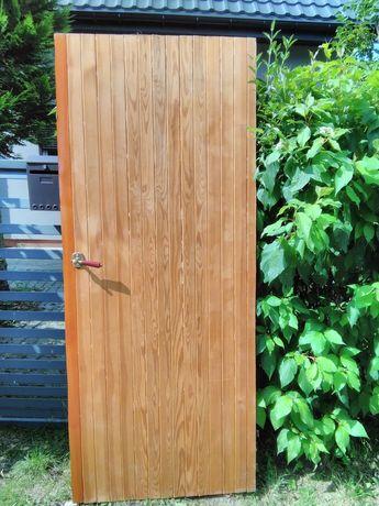 Drzwi 80 tki używane prawe
