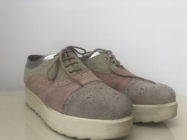 Sapatos tricolor - Tamanho 37