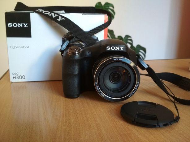 Продам фотоапарат SONY DSC-H300