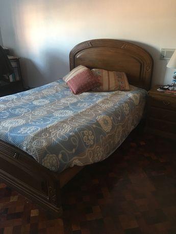 Conjunto Quarto cama casal madeira maciça de castanho