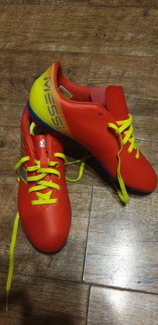 Nowe korki adidas
