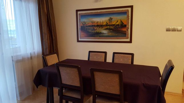 Zestaw Mebli SALON: Stół, krzesła, komoda, wytryny, szafka pod Tv