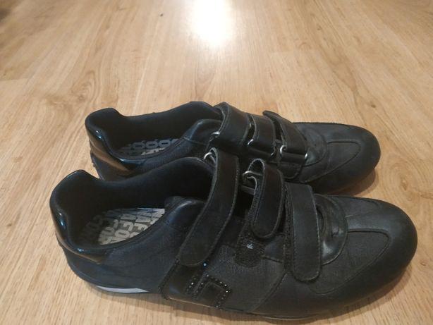 Кроссовки туфли 38-39 25 см