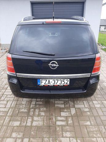 Opel Zafira.7 osobowa. Benzyna.