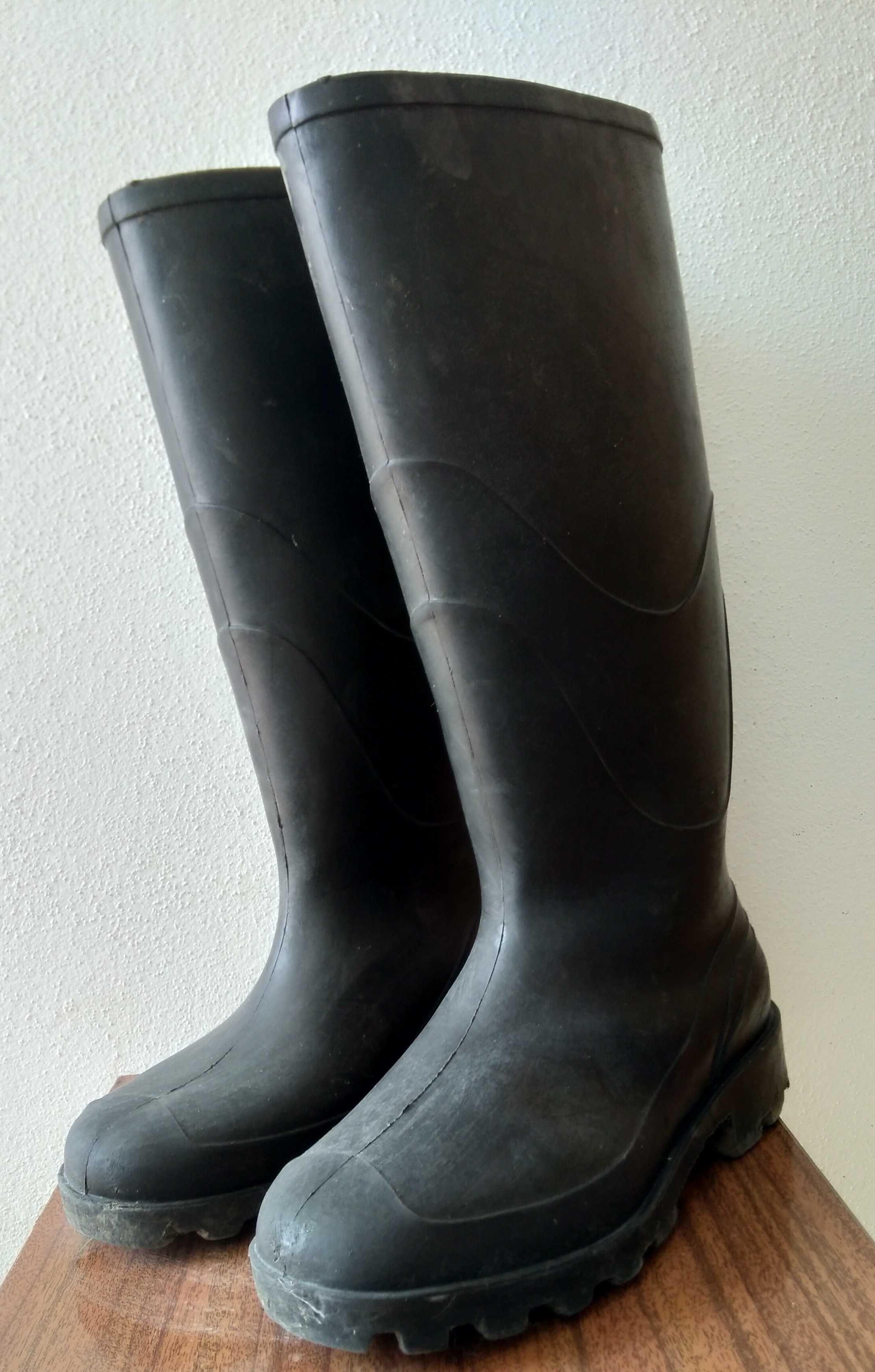 Botas de borracha tamanho 42, galocha
