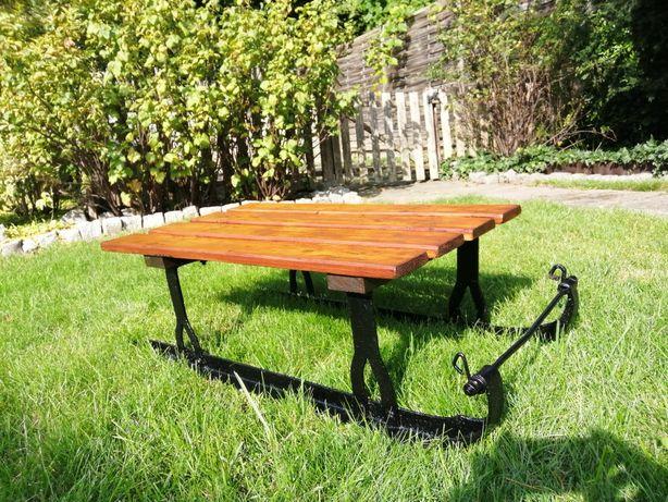 Ławka, stolik, kwietnik, sanki/sanie zabytkowe po odświeżeniu