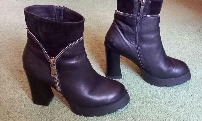 Ботинки демисезонные черные кожаные