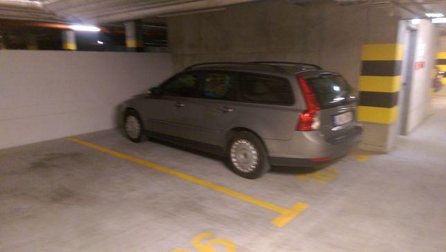 Wiktoryn Lublin Unicka miejsce parkingowe w garażu podziemnym
