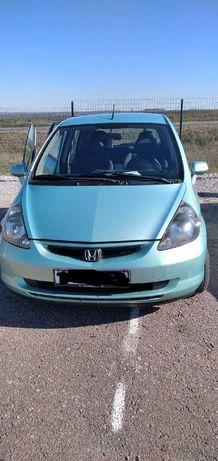 Honda Jazz 2003 год. Объём 1,3