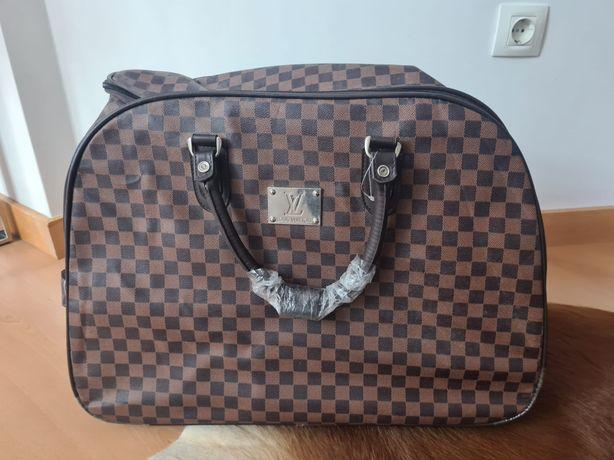 Mala viagem Louis Vuitton