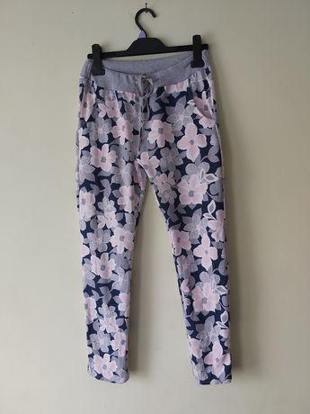 Spodnie dresowe kwiaty wysoki stan  UNI