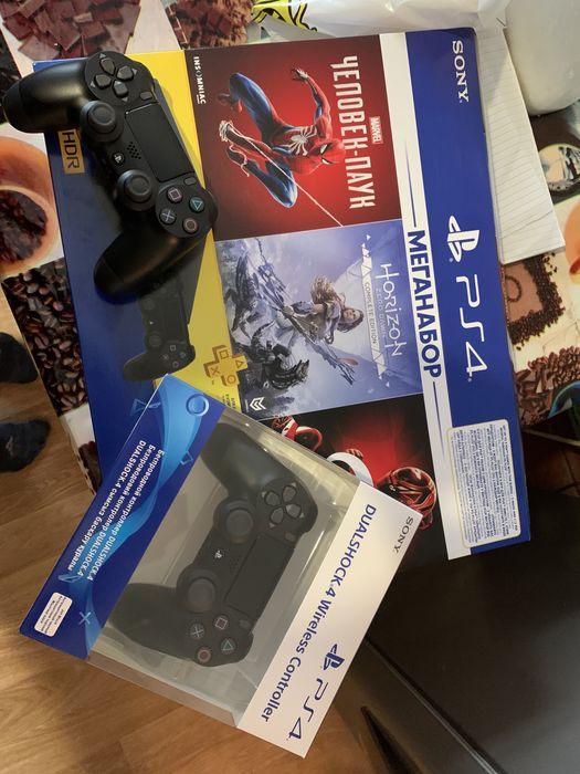 Игровая консоль PS4 1Tb (CUH-2208B)+GTS+HZD CE+SpiderM+PSPlus 3M Новая Каховка - изображение 1