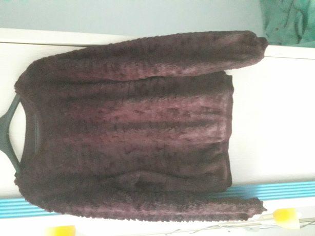 Sweterek dla panienki