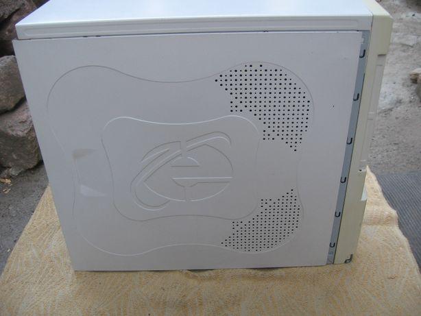 Корпус компьютерный -АТХ с блоком питания 300 Вт