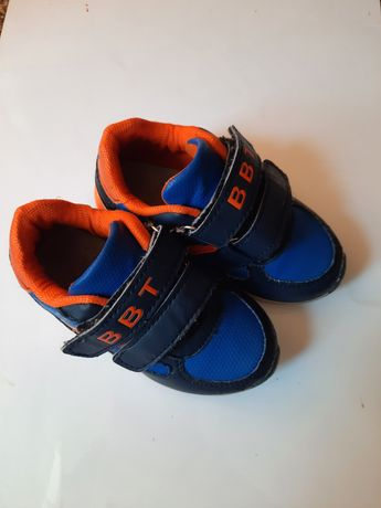 Кроссовки на мальчика ,14 см