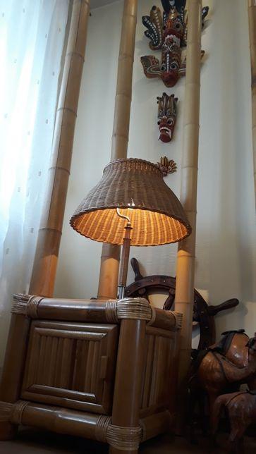 Stara lampa z wikliny
