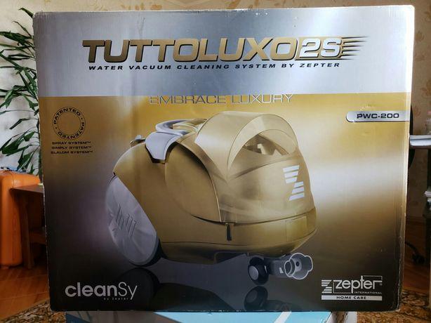 Пылесос TUTTOLUXO 2 S-с водяным фильтром фирмы Zepter