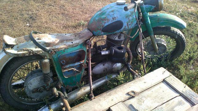 Продам двигатель мото иж 49 или целяком мотоцыкл