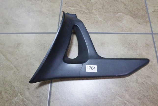 1784 Trójkąt oryginalny Honda Goldwing GL 1800 czarny Prawy