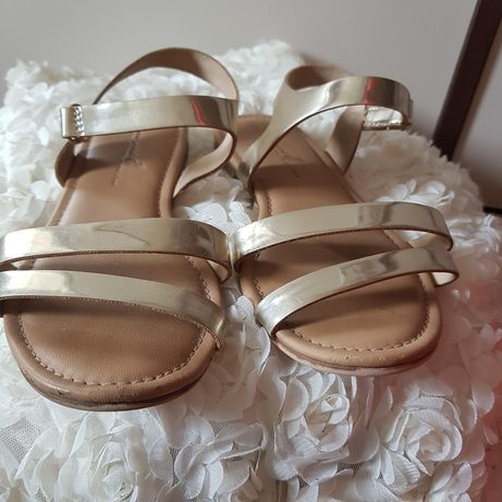 Złote sandałki Zara 31 wkl 19.8