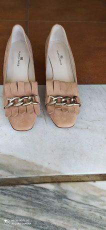 Sapatos Glória Ortiz