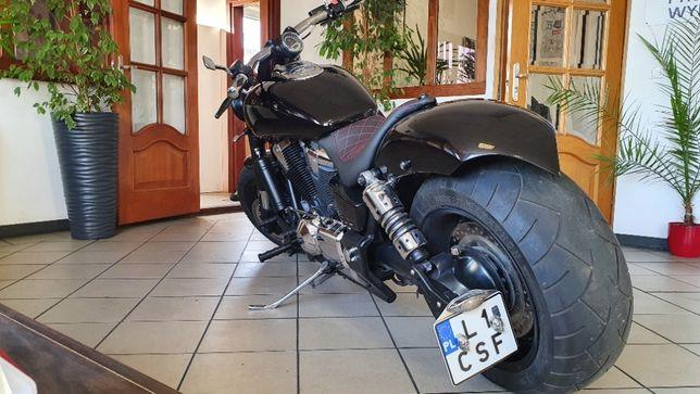 Honda vtx 1.8 custom