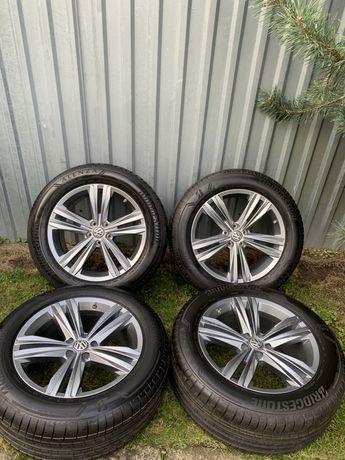 ORIG.VW TOUAREG 3 760 R19 5x112 255/55/19 touareg R-line