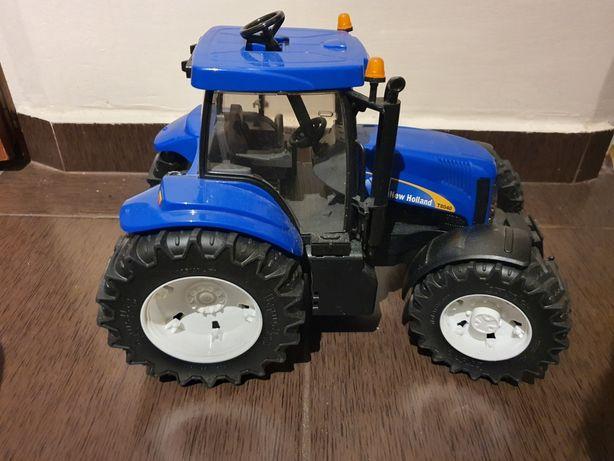 Traktor zabawka Bruder New Holland T8040